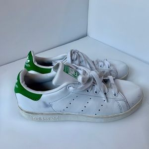 Adidas green & white Stan Smith sneaker, size 6.5